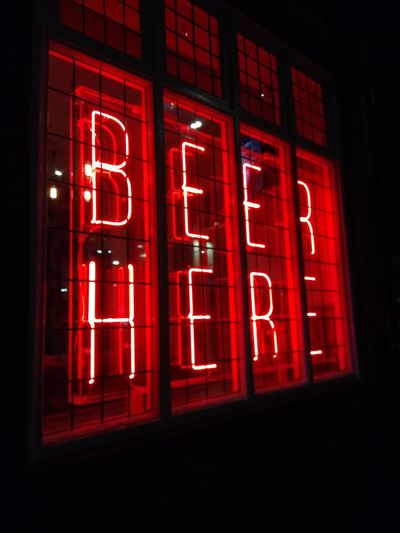 Beer Beer Time Neon Lights British Pub Illuminated Red British Pubs Signage Hull Hull City Of Culture 2017 Hull 2017