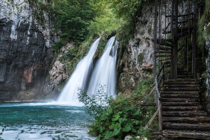 Twins. Waterfall Long Exposure Motion Nature Scenics Water Beauty In Nature Outdoors Travel Destinations Stairs Staircase Plitvice National Park Plitvice Lakes National Park Plitvickajezera Plitvicka Jezera Nacionalni Park Plitvice Croatia ♡ Croatia Hrvatska Slow Shutter Flowing Water Stairways Beauty In Nature Travel Photography Nature