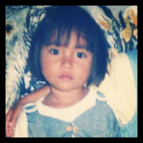 hahaa eto na ang 1. Old picture of me! (: pasencia na lah aku iba maipost ee :D Momaii Kaadikan Thingsthatilove 20dayschallenge