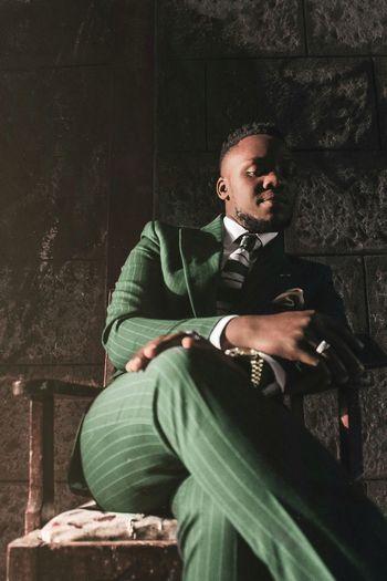 Classic-Elegant Africa Freedomthinkers EyeEm Photography EyeEm Best Shots Shadow Men Portrait Sitting Fashion Thoughtful