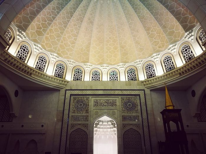 Serve to God - Praying Mosque Architecture Islamic Architecture Pivotal Ideas