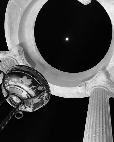 like a moon Moon EyeEm Selects Away Amazing Day Blackandwhite Old Building Greece Sicily Sicilia