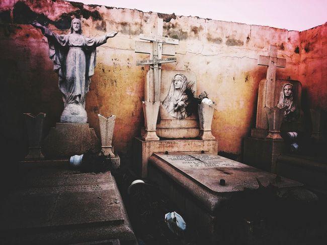 Panteon Cementery Cemeterio Tumbas Mexico FotoDelDia Antiguo Old Antiguos Ruins Ruinas Picoftheday Day Hoy Edicion Octubre Edition FotoDeHoy Shoot Figura Estatuas Figuras