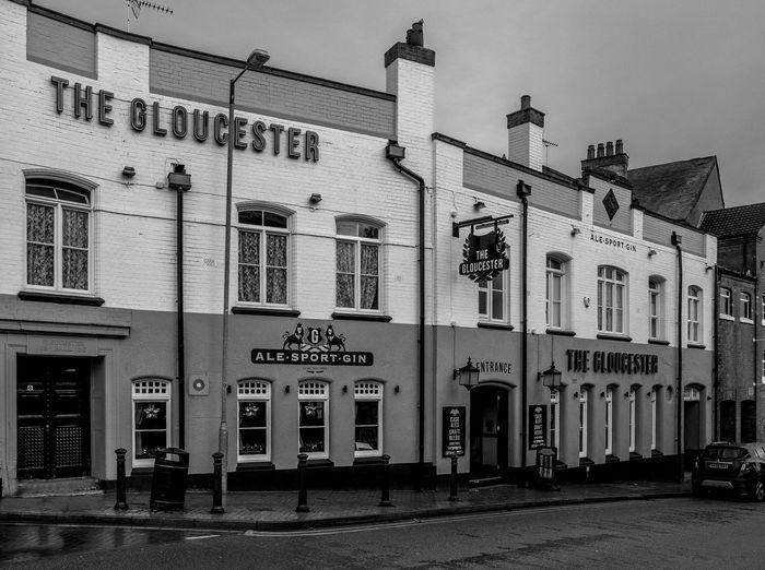 The Gloucester, Cambridge Street, Wellingborough, Northamptonshire Architecture Street Wellingborough Northamptonshire Urban Monochrome Black And White Monochrome Photography Town FUJIFILM X-T2 Northampton Pubs Pubs