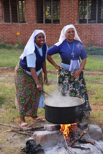 Africa Africanpeople Ballon Blackpeople Colorful Cooking Day Helpingothers Holiday Lifestyle Market Nature Outdoors People Poor  Poorpeople Rice Social Tanzania Vacation Working Newtalent Yeem Photo Food Stories Visual Creativity