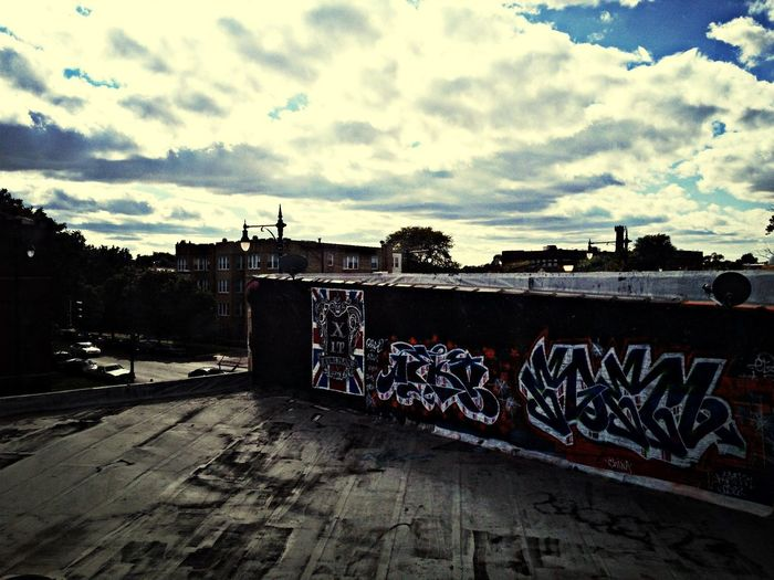 Graffiti Wallart Rooftop Sky