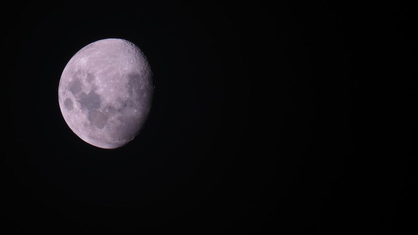 See (c) moons Bright Moon EyeEmNewHere Night Shot The Week On EyeEm Astronomy Beautiful Moon  Beauty In Nature Full Moon Half Moon Moon Moon Surface Nature Night Night Sky No People Outdoors Planetary Moon Satellite View Scenics Sky Space Space Exploration Tranquility