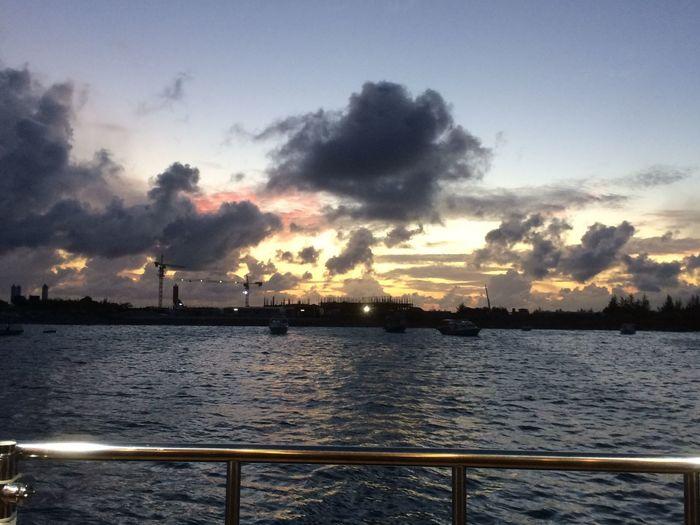 Malé Water Sky