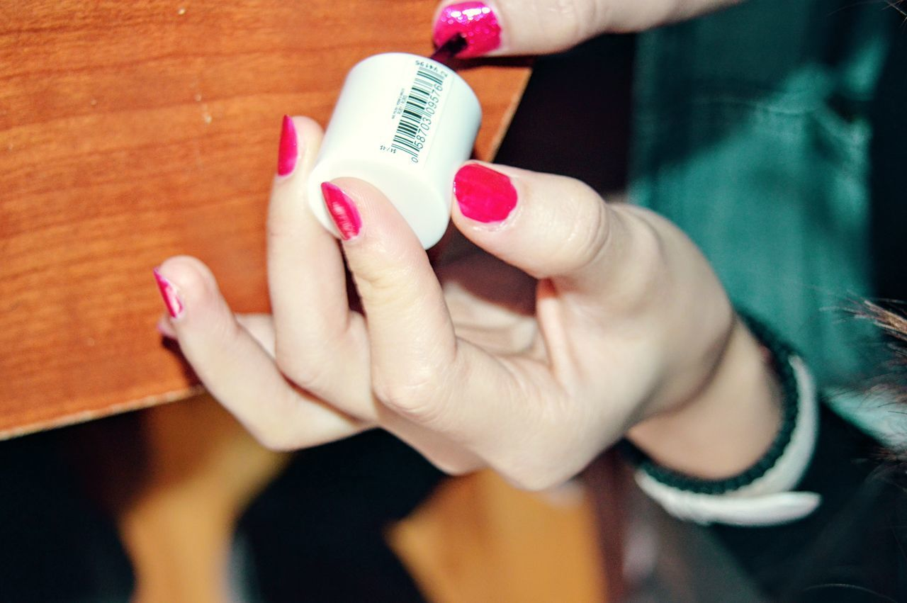 human hand, one person, nail polish, human body part, indoors, close-up, real people, holding, women, day, adult, people