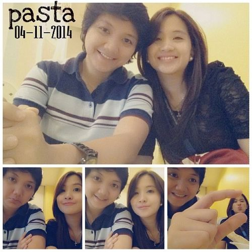 Pasta. Yes, another one of our lunch dates. While waiting for the food, photoshoot! ??? 100happydays Vs100HappyDays Tuttidolci