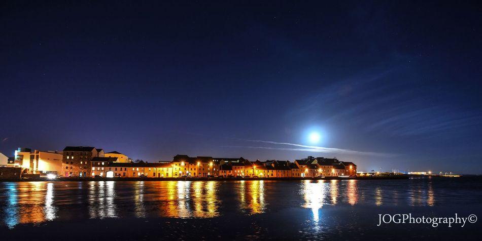Moonrise over claddagh