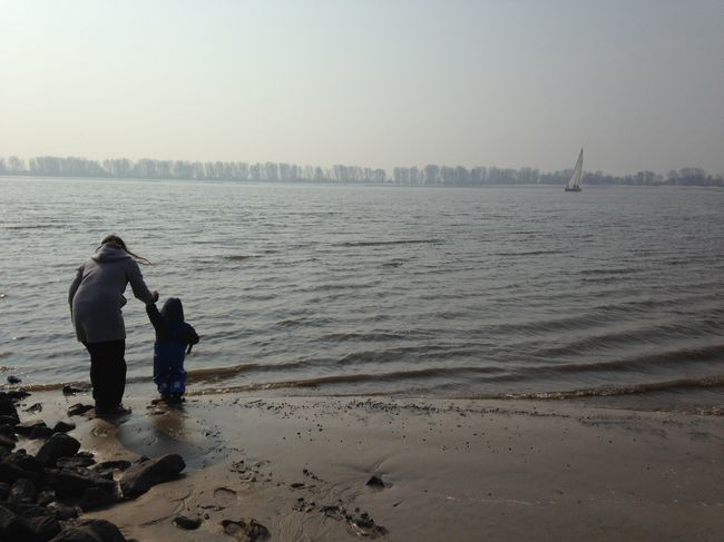 Motherandson  Riverside in Wedel