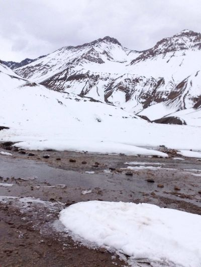 Nunca había cruzado un río tan helado!!!