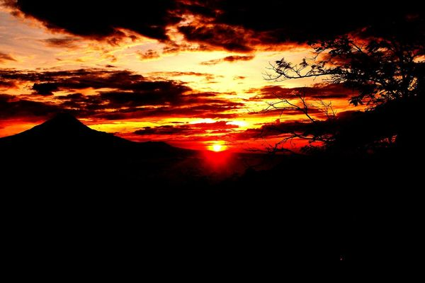 Diponegoro sunrise taken at pos mati,borobudur indonesia