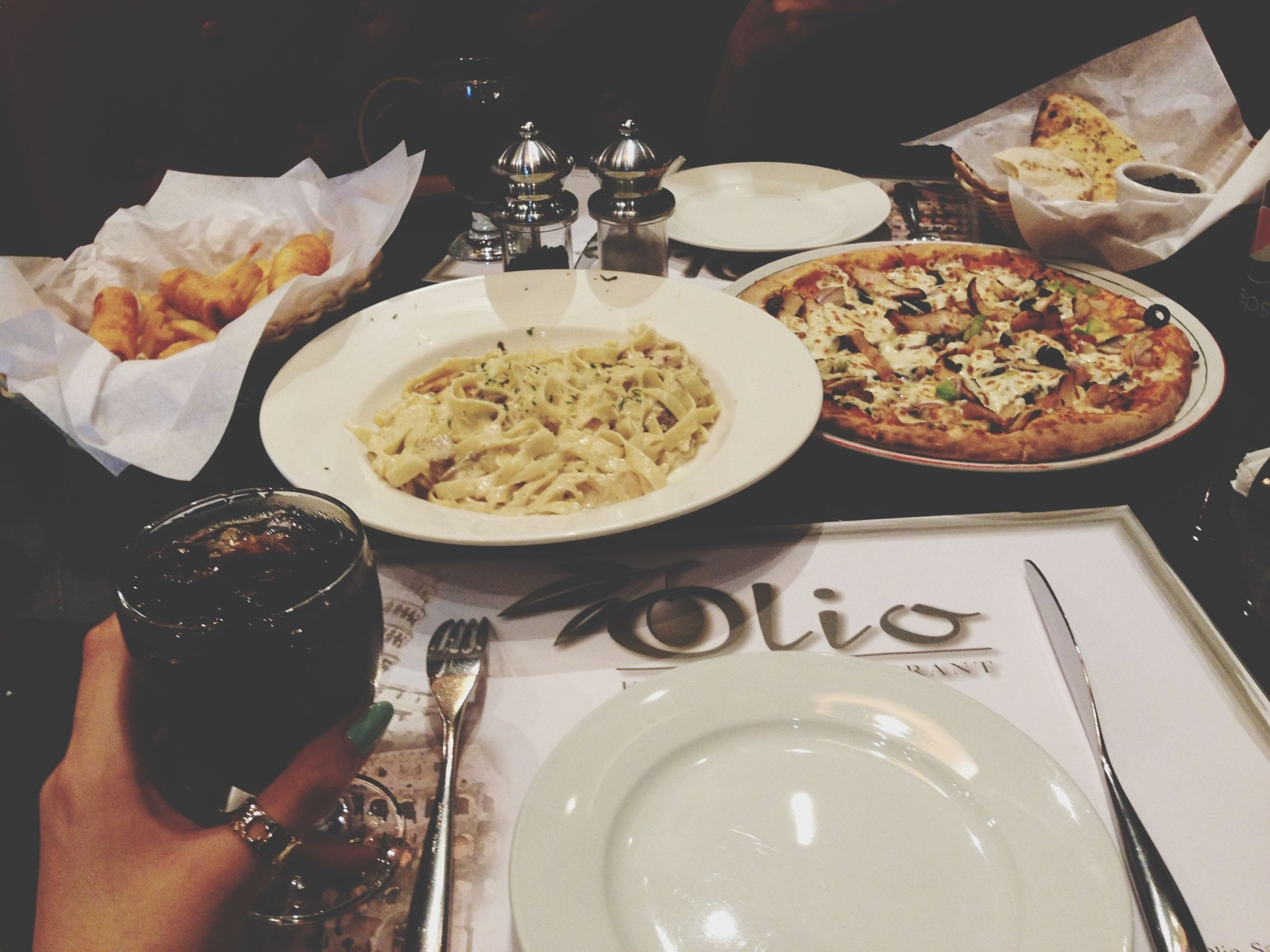 food and drink, food, person, indoors, freshness, holding, lifestyles, part of, ready-to-eat, plate, leisure activity, cropped, unrecognizable person, table, men, drink