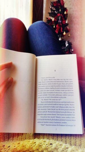 Relaxing Books Reading A Book Tessgerritsen Gece Nöbeti Life Support Kitaplariyikivar Kitapseverler Enjoying Life Istanbul Turkey