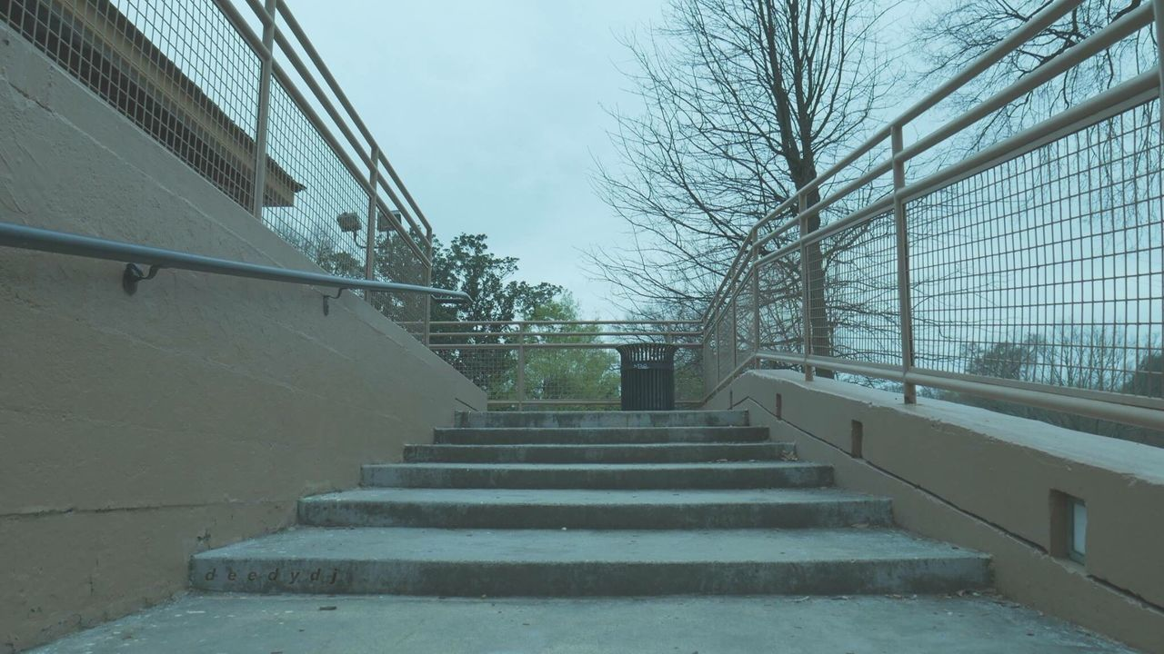 steps, steps and staircases, staircase, railing, built structure, stairs, architecture, the way forward, hand rail, day, outdoors, building exterior, stairway, sky, tree, no people, climbing, nature, city