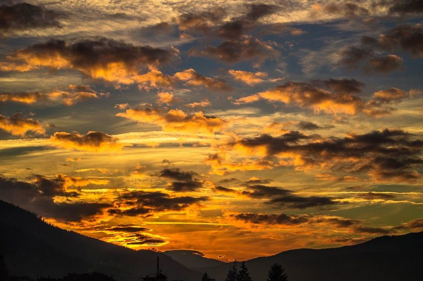 Paint The Town Yellow Sunset Dramatic Sky Silhouette Nature Orange Color Mountain Sunbeam Landscape Multi Colored Cloud - Sky Sky Gold Colored Scenics Weather Sun Beauty Gold Yallow
