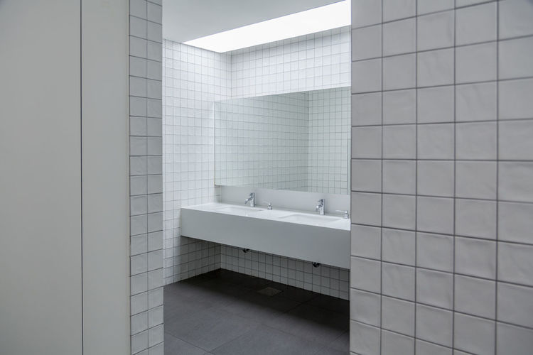 Clean bathroom Architecture Bathroom Bathroom Faucet Bathroom Pic Bathroom Sink Clean Bathroom Day Faucet Indoors  Mirror Modern Neat Places No People Tile White Bathroom White Tiles