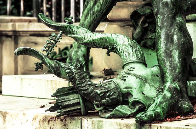 Paris Jardinduluxembourg Luxembourggarden Art Sculpture Verdatre Verdaitre Bronze Bronzematter Oeuvre Work Eugenedelacroix Aimejulesdalou Horns Cornes Art And Craft Close-up Representation ArtWork Sculpted