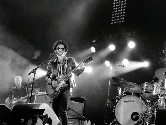 Black & White Stoppelhaene Concert tribute of Lenny Kravitz Party Time
