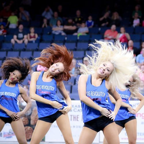 You will Flip out when the @texasrevdancers take the field! @texasrevs GoRevs Football Dance