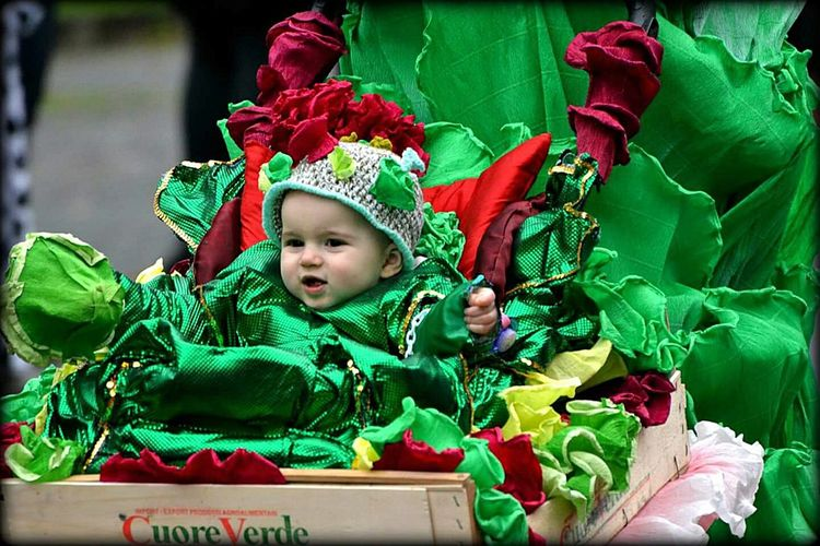 Colors Of Carnival Taking Photos Enjoying Life Hello World Happy Smile Happy People Carnevale Carnival Party Muggia Colori Carnevale Di Muggia Carnevale2016 Cheese! Pickoftheday Karnival Maschera Colors Carnival Spirit Carnevaldemuja63 Kids Beby Ritratto Enjoying Life Hi!