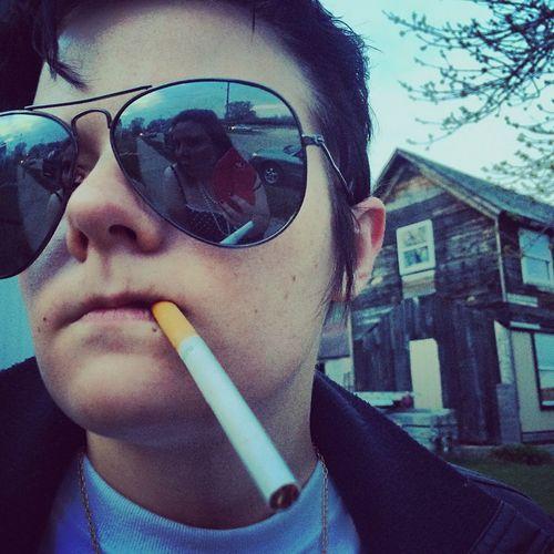 Mix Yourself A Good Time Reflection Lifestyles Sunglasses Close-up Mirrorimage Greaser Vintage Smoking Throwback Punkrock The Week On EyeEm Illinois EyeEm Selects Rethink Things The Portraitist - 2018 EyeEm Awards