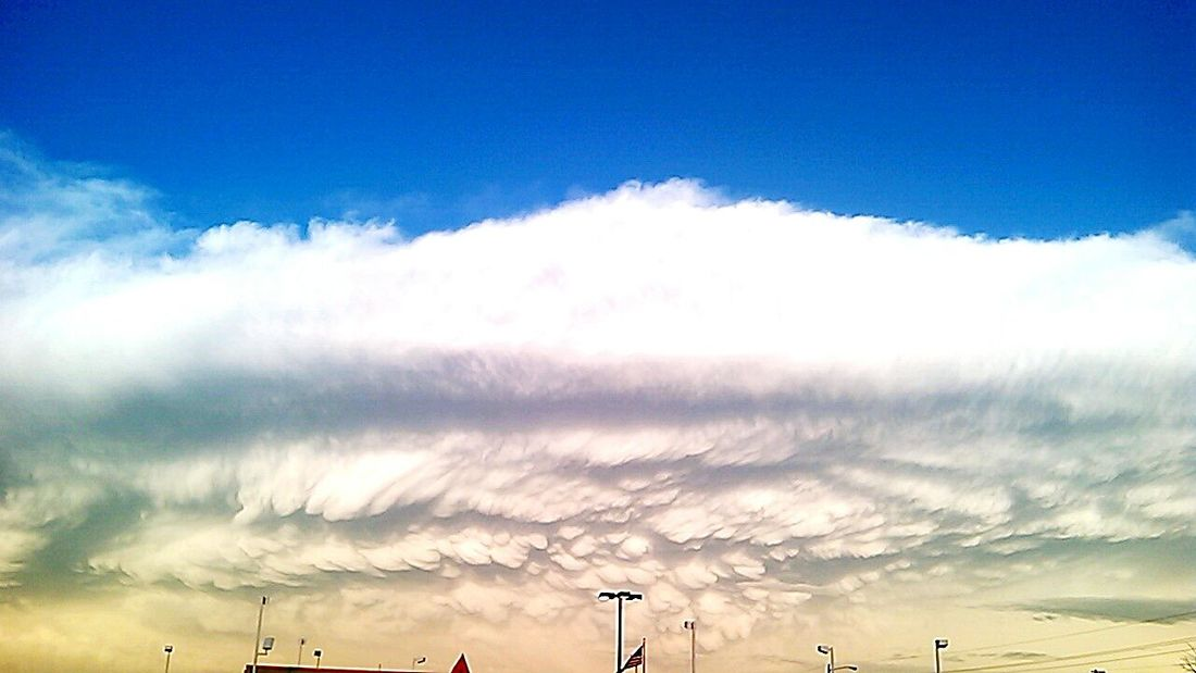 West Texas Clouds. ☁😍 Clouds Afterwork Lubbock Tx Westtexas Haboob Taking Photos Check This Out