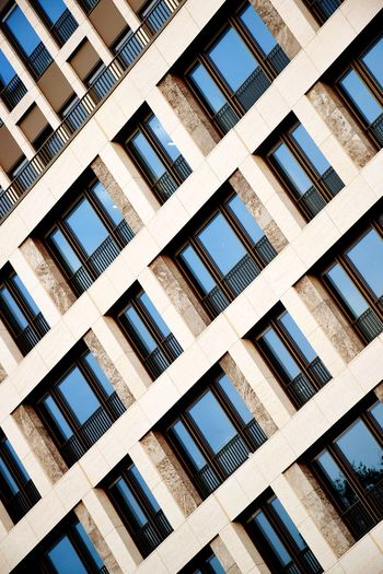Architecture Facade Building Facade Detail Facade Colours Façade Architecturale Facade Design Architecture Photography Architecture Details Building Facade Outdoor Photography Day Sunlight Sunshine Backgrounds Full Frame Window Architecture Building Exterior Built Structure Building Office Building Exterior Financial District  Tall - High High Rise
