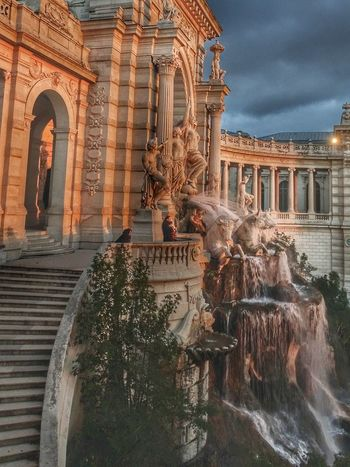 Sunset Sunsetlovers Couleursdumonde Couleursdefrance HDR Monuments Of The World Monuments Fontain Provence Loveprovence France 🇫🇷 EyeEm Selects Architecture Travel Destinations Building Exterior Built Structure Religion History Outdoors Water No People