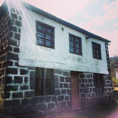 Trabzon Beşikdüzü  Karadeniz Traditional turkish ottoman house architect architecture instamood instagood instagram instahub jj igers igersturkey jj_forum instafun old house cottage rock ahmidu