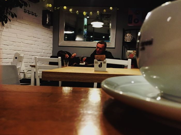 Evening with father ♥️ Mood Atmosphere Coffee Time Coffee Cup Coffee Love Father Parents Parents And Children Table Indoors  Restaurant Food And Drink Cafe Real People Sitting Food Day People Modern Workplace Culture