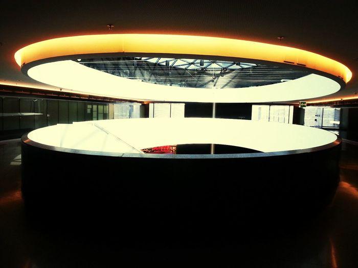 the future is a hole in the sky Zürich Zureich