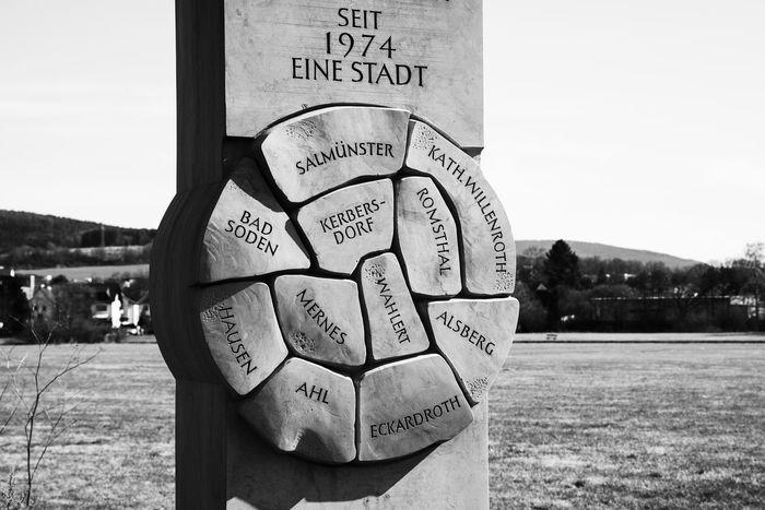 Black & White Black And White Blackandwhite Blackandwhite Photography Denkmal Erinnerungsort Grass Memorial Stein