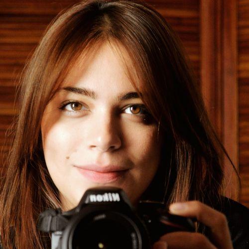 Nikon Selfportrait Photographer Photography Nikongirl Nikontop Eyes Sunday Her Brunette Browneyes Yelloweyes Art Portrait Color Portrait