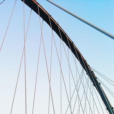 Puente peatonal Máximo Gómez III. Vscocam Vscogrid Lookingup Sky Santodomingo Viajard Architecture Linemeetscorner Lines