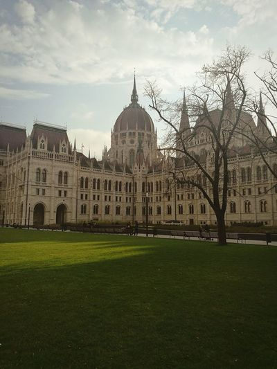 Architecture Built Structure Building Exterior Travel Destinations Grass Sky City Travel Cloud - Sky Politics And Government Government History The Past Nature Tourism Plant Dome Building No People Hungary🇭🇺 Parlament