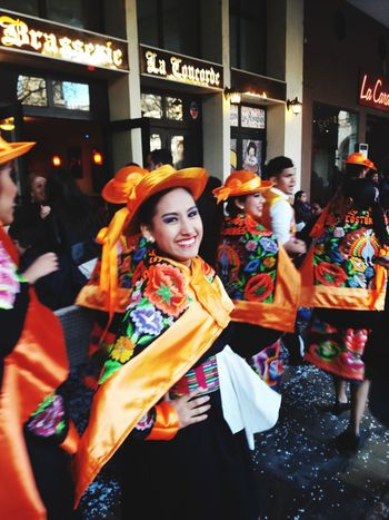 Femme Peruvian Peru Peruvian Girl Peruvian People People City Street Street Portrait Multi Colored Day City Outdoors PÉROU Perougens Live For The Story