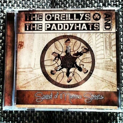 http://paddyhats.com/de /// debut album released /// sound of narrow streets Irish Folk Punk Party