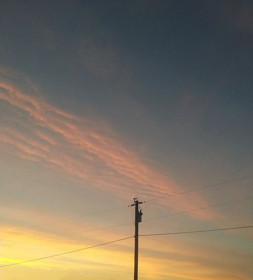 What a beautiful sunrise this morning ♡ Powerlines Sky_collection SkyCandy EyeEm Nature Lover
