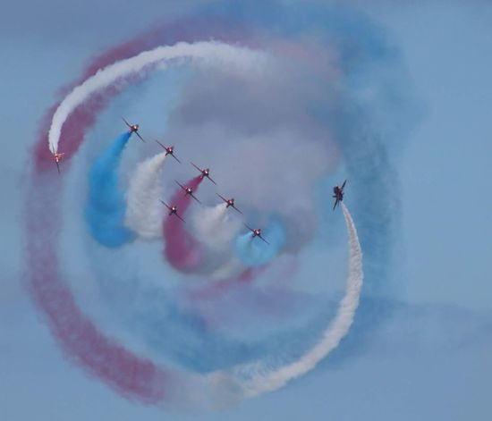 Red Arrows Vapor Trail Aerobatics Fighter Plane Airshow Airplane Teamwork Stunt Flying Acrobatic Activity Coordination