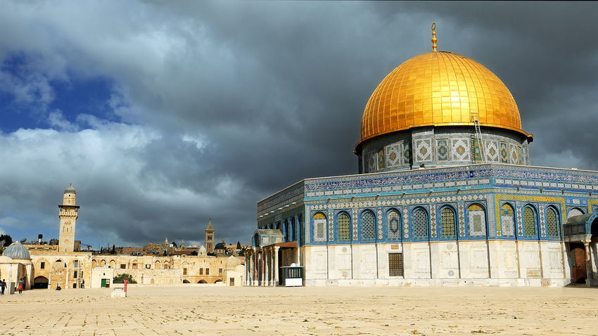 Architecture Building Exterior Built Structure Cloud - Sky Day Dome Dome Of The Rock Dome Of The Rock Jerusalem No People Outdoors Place Of Worship Religion Sand Sky Spirituality Travel Destinations Perspectives On Nature Be. Ready. An Eye For Travel The Architect - 2018 EyeEm Awards
