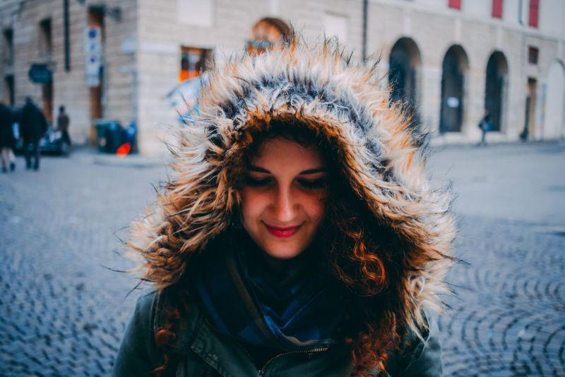 Portrait EyeEm Selects One Person Young Women Architecture Real People Lifestyles Young Adult Hair Adult Women Outdoors Cold Temperature Winter Portrait City Street Hairstyle Building Exterior Warm Clothing Leisure Activity Front View Visual Creativity