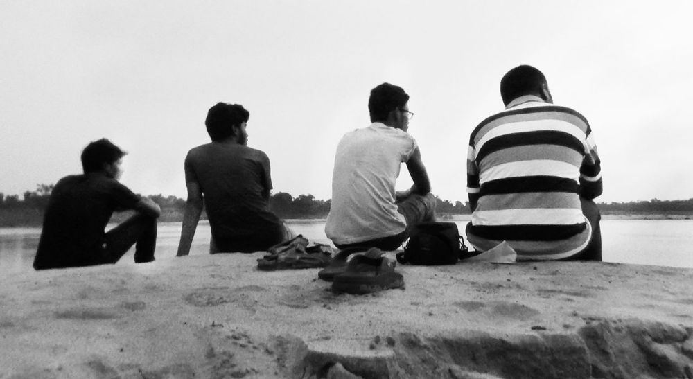 Friends... Black & White Black And White Blackandwhite Blackandwhite Photography Casual Clothing Eye Em Best Shots Eye4photography  EyeEm EyeEm Best Shots EyeEm Best Shots - Black + White EyeEm Gallery EyeEmBestPics Friends Friendship Happy Friendship Day! Leisure Activity Lifestyles Men Old Friends Old Memories Outdoors Shore Togetherness Vintage