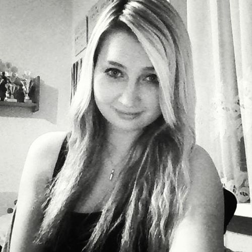 Me Myself Blondgirl Czechgirl girl curly black and white photo webcam quality smile mood instaphoto instago instapic instagood instago instaczech follow followme