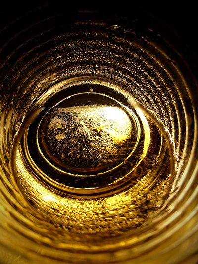 Beer Beer Time Glass Tunnel Amber Beerporn Emptyglass Fullglass Budweiser Nothingtodo Lonely Lonebeer Light And Shadow Concentric Water Backgrounds Full Frame Textured  Splashing Droplet Pattern Close-up Droplet Water Drop Glass Detail Rippled Geometric Shape Bubble