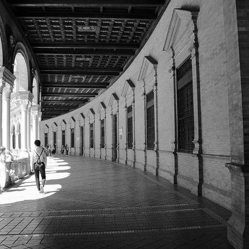 De vivir preso de la melancolía. Photo Photography Photooftheday Foto Fotografia Picture Canon Black White Blanco Negro Sevilla SPAIN Culture Arquitecture Arquitectura