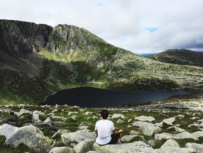 Lochnagar Hiking Hiking Trail Adventure Challange Peaceful Relaxing Scotland Landscape Loch  Lake Meditation Meditation Place Reward The Week On EyeEm