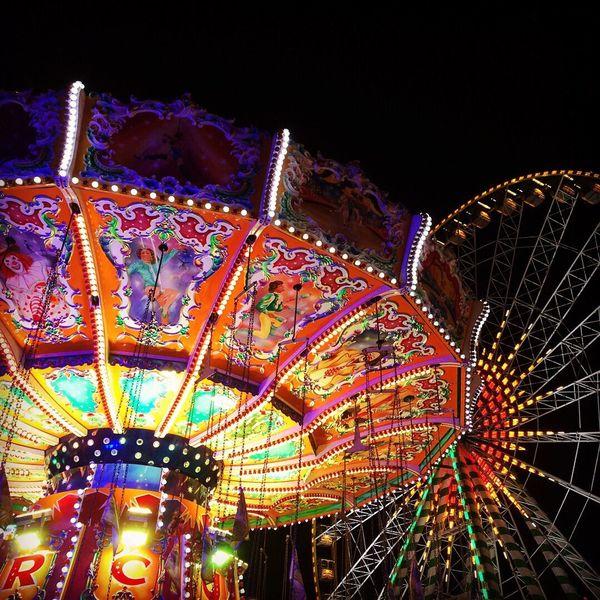 Cranger Kirmes  Karussell Fun Lights Volksfest